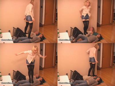 2 slaves make a human floor